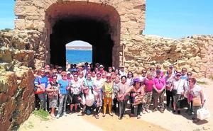 El programa de ocio activo para mayores finaliza con un viaje a la isla de Tabarca