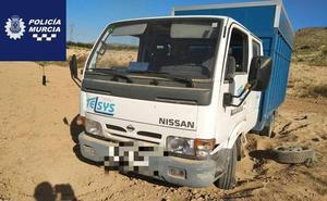Detienen a tres menores por robar un camión en Sangonera la Seca
