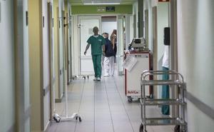 Salvemos el Rosell denuncia que en verano habrá «desatención» si cierran quirófanos y consultorios