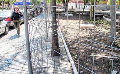 Castejón y Arroyo harán un presupuesto este año para acabar obras y pagar las horas extra