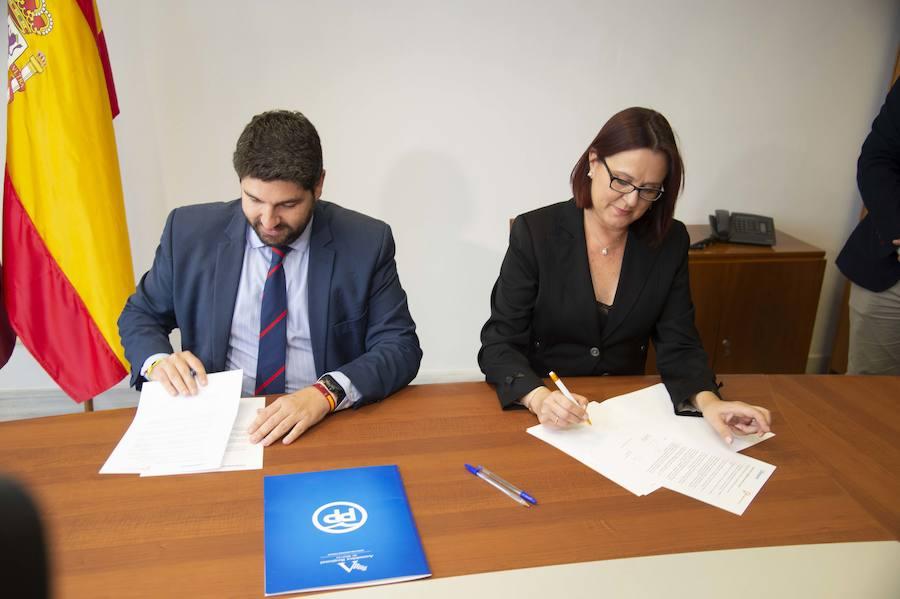 López Miras e Isabel Franco firmaron este lunes el pacto
