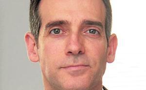 El portavoz de Vox en la Asamblea llama «p***» y «tiparraca» a la ministra de Justicia