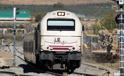 Dos horas de retraso en un Altaria procedente de Madrid por la avería de un tren de mercancías