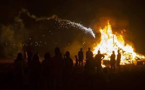 Las hogueras de San Juan provocan 142 incidentes en la Región, sin daños personales
