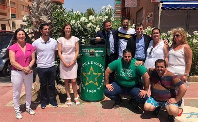Estrella de Levante instala más de 40 compactadores de latas en las playas de la Región