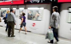 Detenida una menor por arrojar a otra chica a las vías del metro de Barcelona