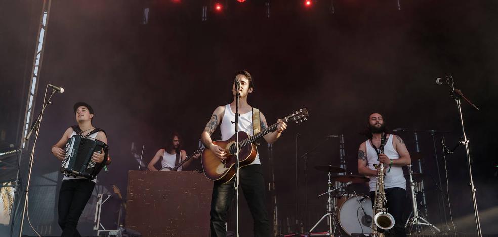 La M.O.D.A.: «Nos implicamos y ponemos toda la pasión que podemos en los conciertos»