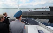 El Kremlin oculta los detalles del incendio en un submarino nuclear de la Armada rusa