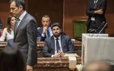 Vox tumba otra vez la investidura de López Miras y exige a Ciudadanos un pacto escrito