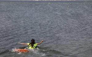 Rescatan a dos ancianos tras sufrir un síndrome de inmersión en San Pedro del Pinatar