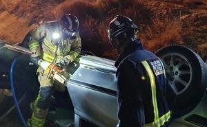Muere un hombre al salirse de la vía con su vehículo en Alcantarilla