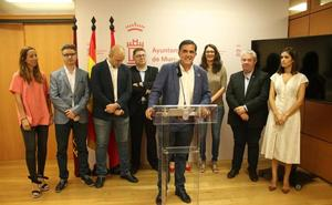 El transporte y la atención a las pedanías centrarán la actividad del PSOE en Murcia