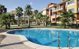 La Sareb y Solvia incluyen 333 casas de la Región en su oferta estival