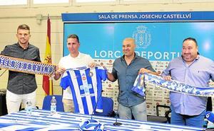 Flores dice que una empresa ha comprado el club, pero se niega a revelar su nombre