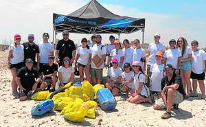La Fundación SOS retira 83 kilos de residuos en una nueva jornada de limpieza