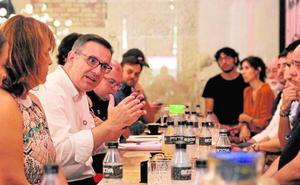 Conesa, opositor en Murcia y 'conseguidor' en Madrid