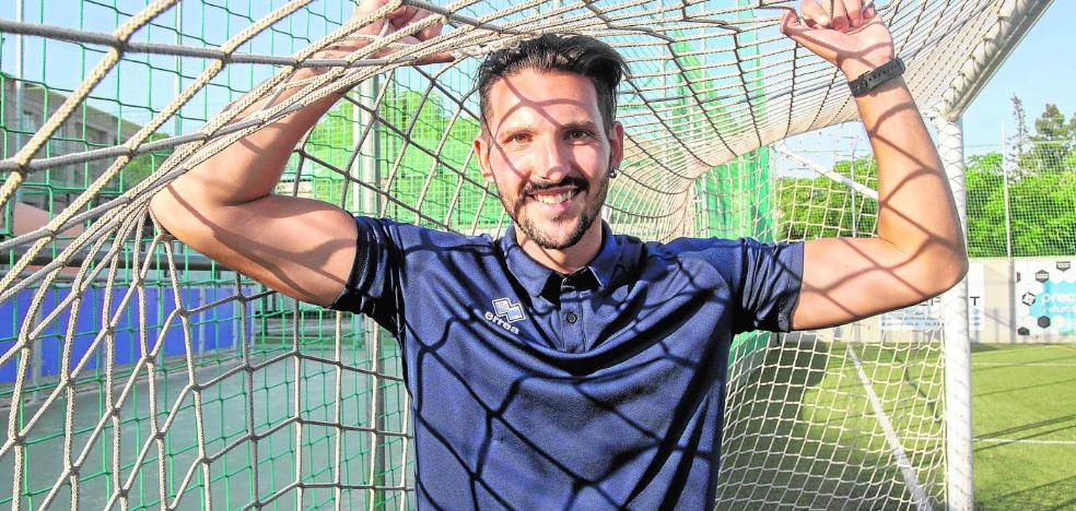 Carlos Molina: «Ojalá algún día pueda volver al Cartagena, pero antes tengo que demostrar que valgo»