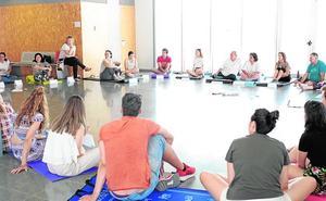 Expertos en psicomotricidad abordan en un curso en Lorca las nuevas terapias de atención temprana
