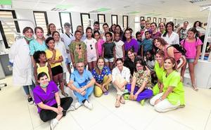La UMU revisa la salud dental de los niños saharauis