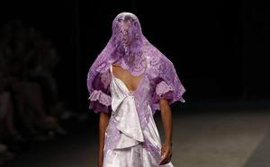 María Escoté pone de moda las prendas de segunda mano