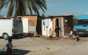 Casi 26.000 niños murcianos en situación de pobreza severa reciben hoy una ayuda del Gobierno