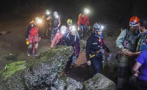 Revilla sobre el rescate de las espeleólogas: «No podemos estar gastando dinero público en aventureros»
