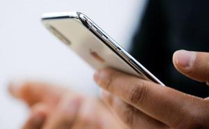 Ocho concejales del PP en Los Alcázares estrenaron iPhone de 1.170 euros un mes antes de las elecciones