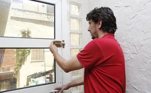 Así aconseja la Policía de Murcia proteger tu casa para prevenir robos este verano