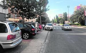 Comerciantes y hosteleros reclaman más aparcamientos de la Alameda a San Antón