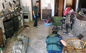 La Guardia Civil detiene a dos hermanos por secuestrar y agredir a un vecino de Blanca