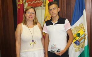 El pinatarense Antonio Muñoz consigue el primer premio en baile flamenco de un concurso europeo