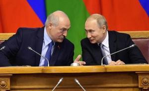 El dictador bielorruso en la encrucijada cuando se cumple un cuarto de siglo de su llegada al poder