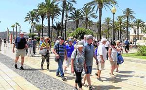 Los empresarios piden a Castejón un plan estratégico turístico municipal