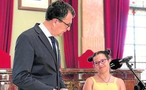 La «embajadora» Elena Rodríguez