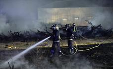 Alarma por un incendio en plena huerta de Rincón de Beniscornia