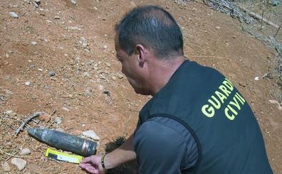 Desactivan un proyectil de artillería y retiran dos granadas de mortero inertes