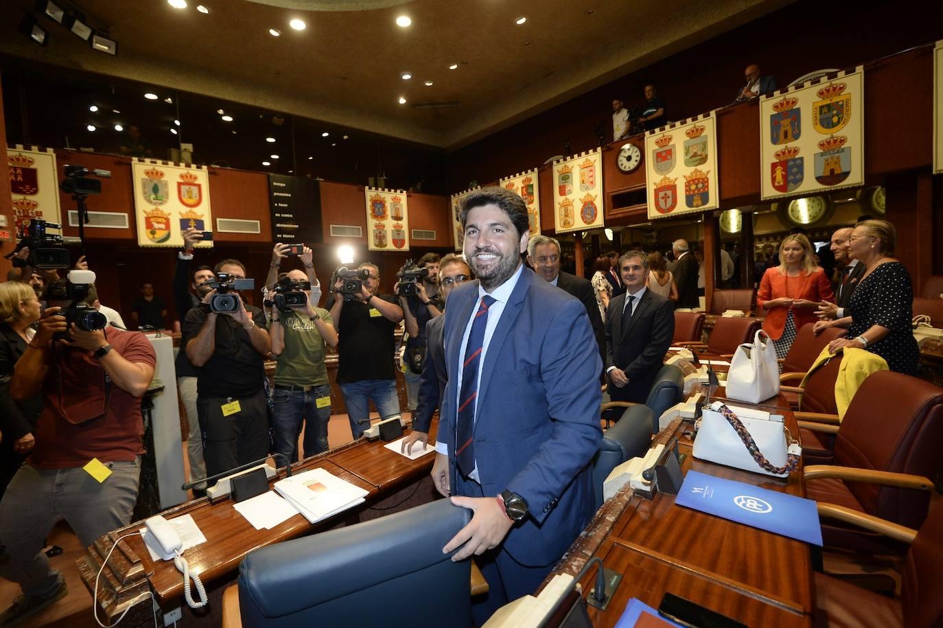 López Miras, investido presidente con el apoyo de Ciudadanos y Vox