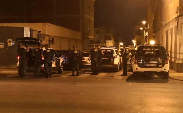 Detienen a dos personas por las amenazas con armas de fuego en Alguazas