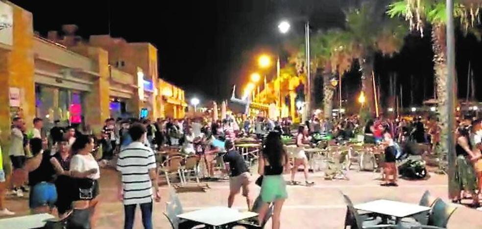 Detenido tras herir a un joven en una riña campal en Puerto de Mazarrón