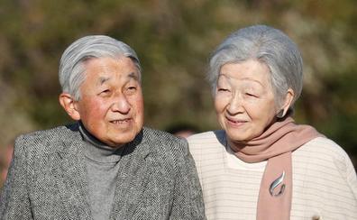La emperatriz Michiko se someterá a una operación por un cáncer de mama