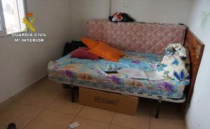 Detenidos dos hombres en Lorca por retener en contra de su voluntad a una mujer y a su hija