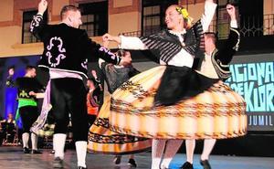 Sones y danzas para todos en Jumilla