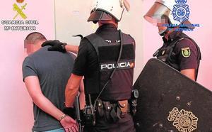 Cae una banda hispanocolombiana con dos kilos de cocaína de elevada pureza