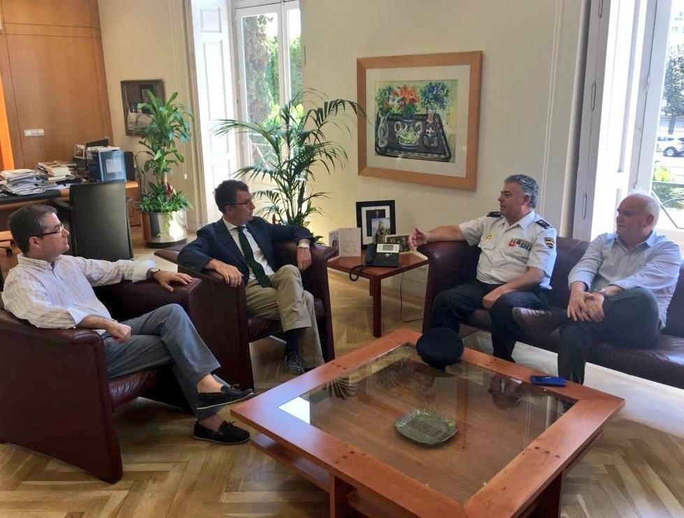 Cirilo Durán se despide la Policía Nacional de Murcia en La Glorieta