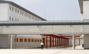 Denuncian 16 casos de sarna este año en las cárceles de la Región de Murcia
