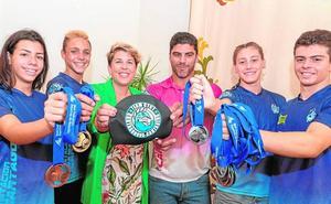 Honores y medallas en un año de récord para el Club Natación Cartagonova