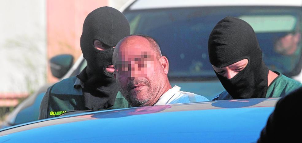 Dos detenidos en una operación antidroga en un garito de la urbanización Playasol