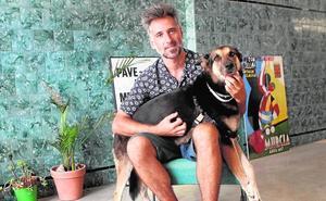 Julián Garnés: 'Mika', una perra de diseño