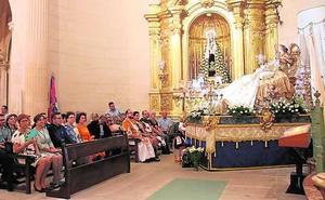 Los fieles demuestran su devoción en los actos en honor a la patrona de Jumilla