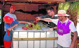 Miles de turistas se dan cita hoy en la tradicional Cabalgata del Vino de Jumilla